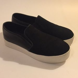 Steve Madden Black Leather & Suede sneakers